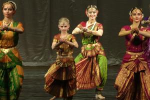 indian-dance-00_01_10_10-still001