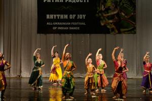 indian-dance-00_02_21_07-still004