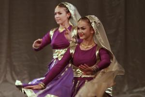 indian-dance-00_04_41_08-still007