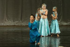 indian-dance-00_06_39_11-still011