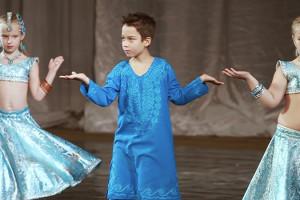 indian-dance-00_07_14_02-still012