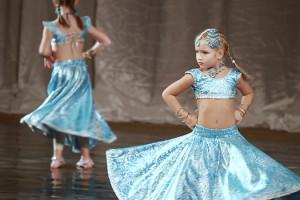 indian-dance-00_09_09_21-still015