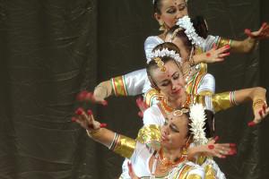 indian-dance-00_14_50_21-still025