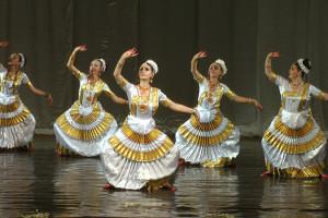 indian-dance-00_16_30_00-still030
