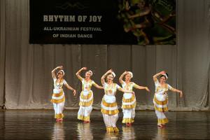 indian-dance-00_17_51_18-still031