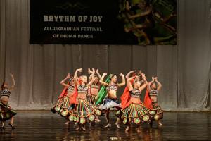 indian-dance-00_20_50_05-still035