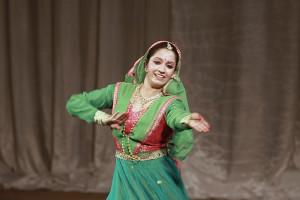 indian-dance-00_31_39_19-still049