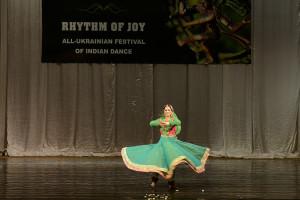 indian-dance-00_34_00_21-still050