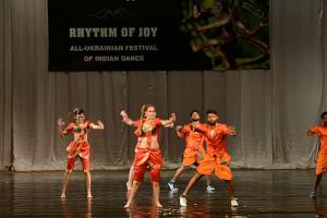indian-dance-00_39_30_23-still057