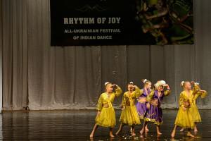 indian-dance-00_58_17_21-still088