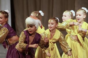indian-dance-00_58_53_19-still090