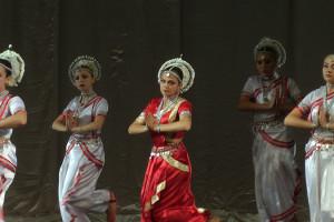 indian-dance-00_59_57_13-still092