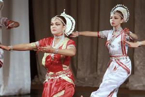 indian-dance-01_00_31_18-still094