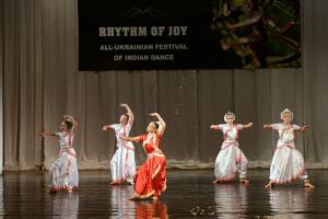 indian-dance-01_02_00_13-still096