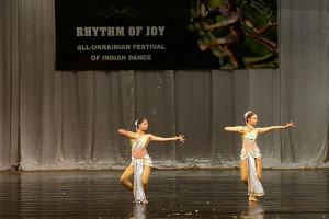 indian-dance-01_18_13_01-still116