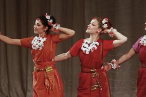 indian-dance-01_22_37_00-still122