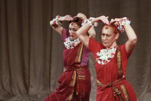 indian-dance-01_25_18_00-still128