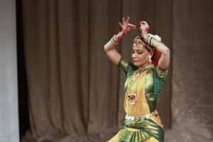 indian-dance-01_29_38_19-still133