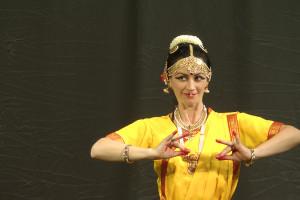 indian-dance-01_39_08_21-still152