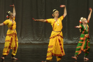 indian-dance-01_43_13_06-still156