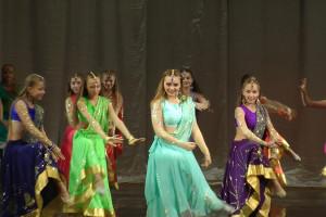 indian-dance-01_57_57_06-still179