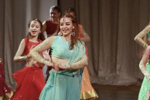 indian-dance-01_58_28_22-still181