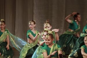 indian-dance-02_01_45_02-still188