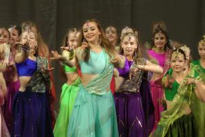 indian-dance-02_02_31_13-still189